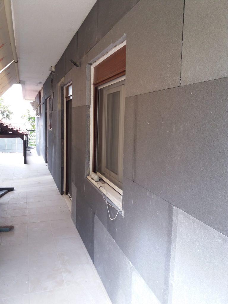 Ανακαίνιση κατοικίας τοποθέτηση εξωτερικής θερμομόνωσης