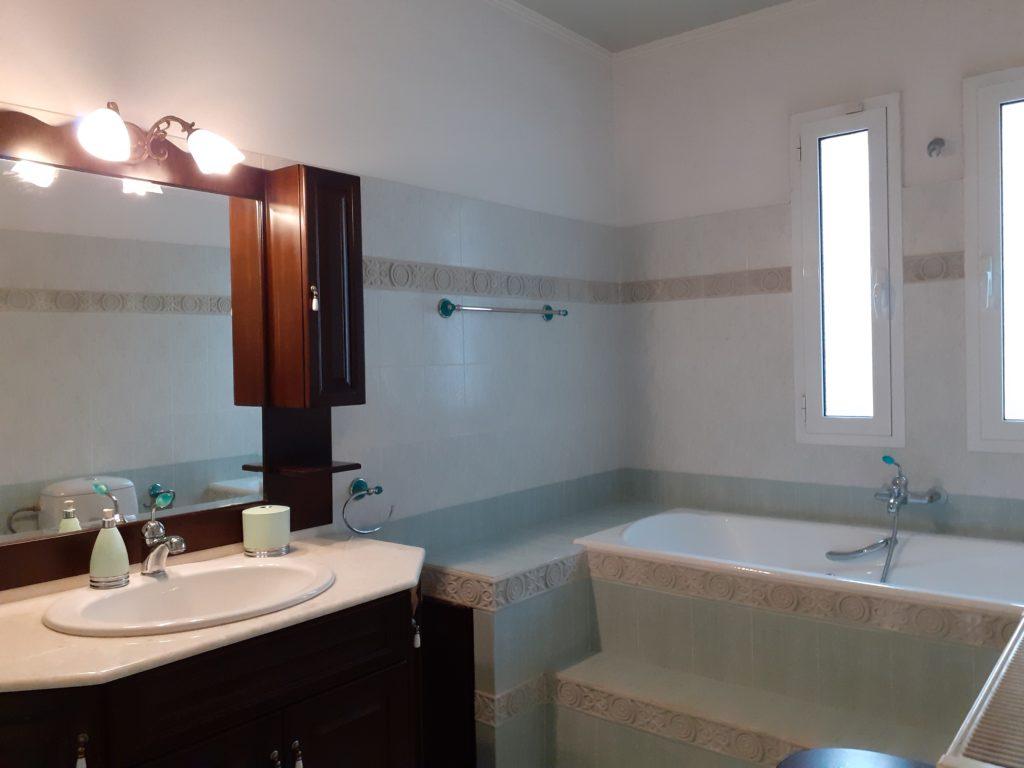 χρώματα εσωτερικού χώρου μπάνιο